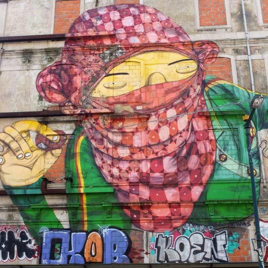 Lisbonne street art fuji x100